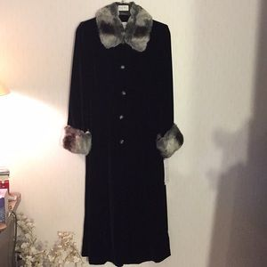 Gorgeous Black Velvet Coat with Faux Fur Trim